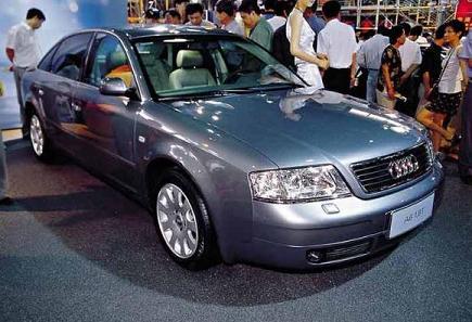 Китайские производители заинтересовались Audi 100 после того, как она появилась в Европе.